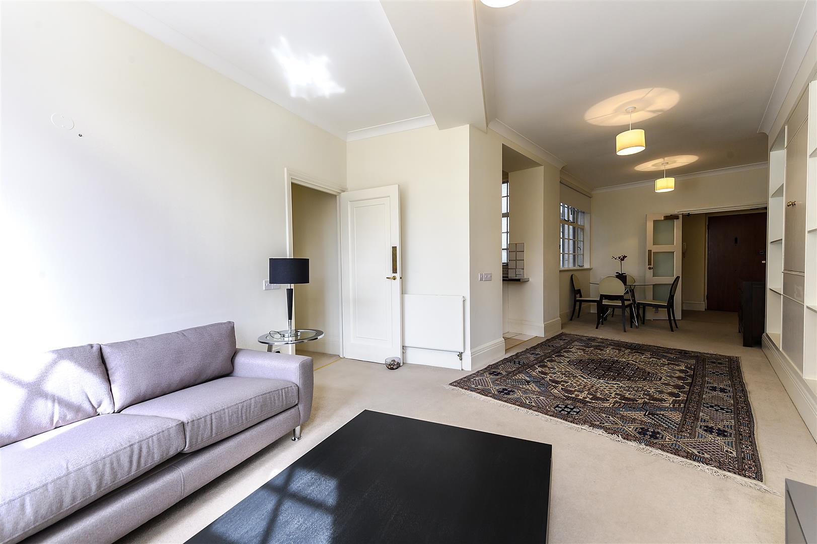 Flat 17, Strathmore Court (6).jpg